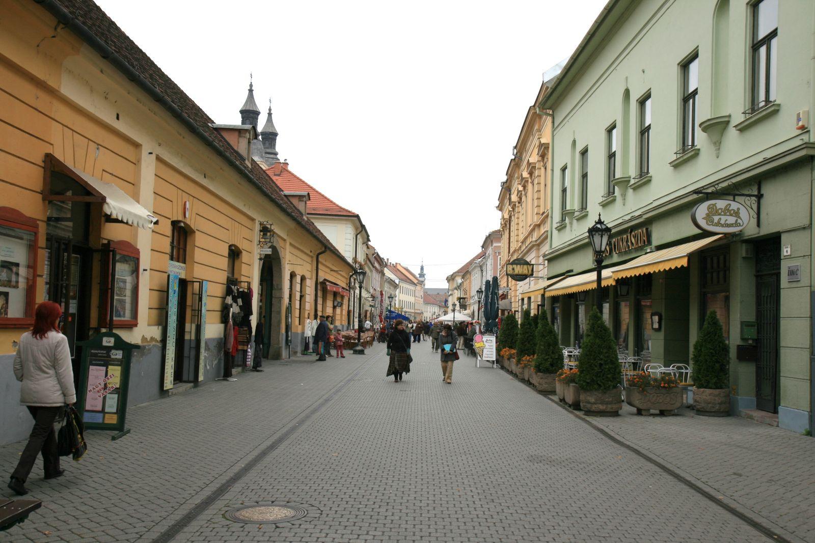 Dal főutca, Széchenyi utca, Eger